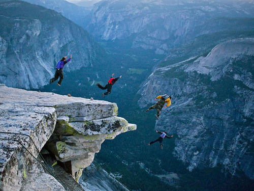 Extreme Base Jumping Yosemite