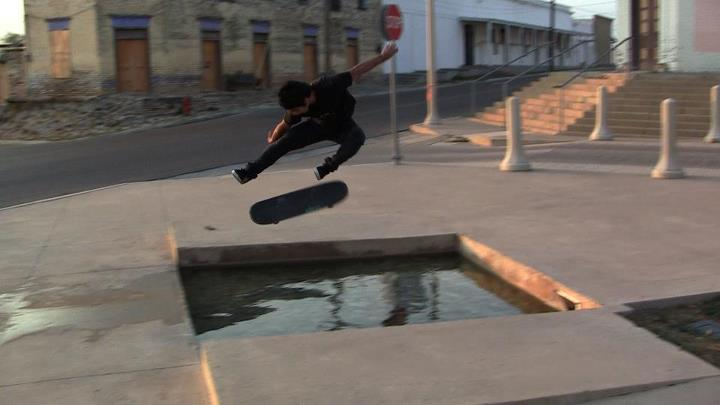 Skateboard Younited Nations, Angel Overkill kickflip!!! If you have SICK pics, msg it to us and we will Post it!!??? LIKE THE Majer Crew PAGE!!! Watch our VIDEO'S HERE!! http://www.youtube.com/user/MajerCrew?feature=chclk . .