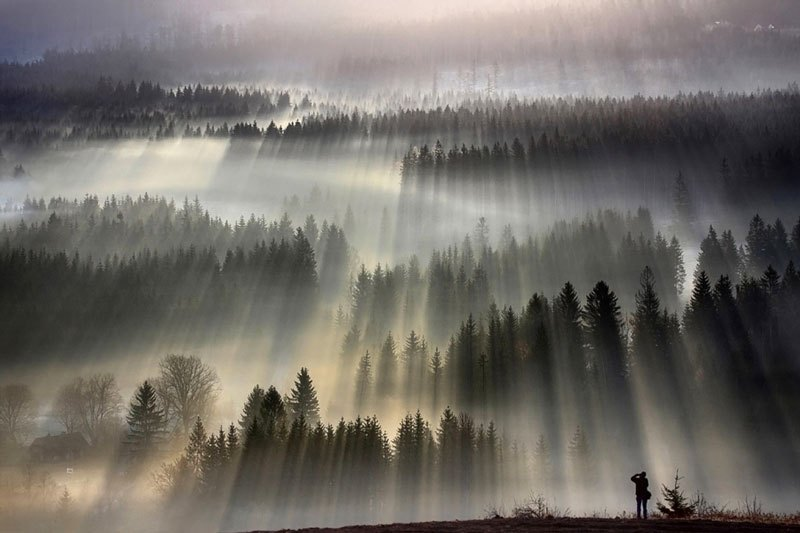 Camp and Hike Boguslaw Strempel is photographer currently living in Poland. In his stunning series of landscape photos, we see beautiful captures of the early morning sun bathing the foggy landscapes of Poland and the Czech Republic.