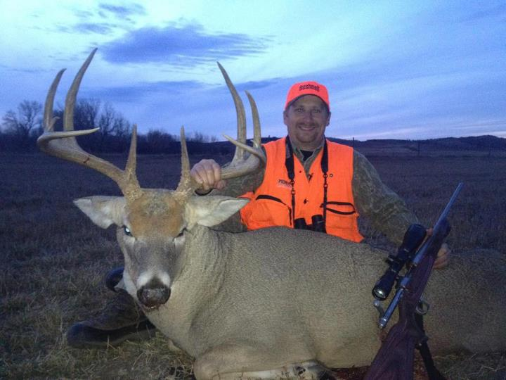 Hunting Nebraska is being good to Keving!!! Great buck!