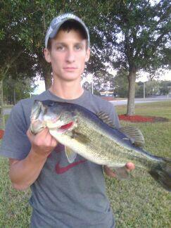 Fishing Aaron Kennedy caught this lil guy in argyle jacksonville forida on a 7.5 in culprit red shad green flake worm.