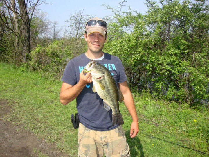 "Fishing Derek sends us this pic and has this to say:  ""So this is my biggest largemouth i have ever caught and here in buffalo NY 5 and 1/2 pounds is pretty big considering we actually have winters and they dont get the option to feed all year long like some plac"