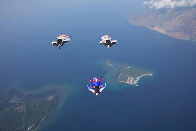 Extreme Flying over the Philippines with the Red Bull Air Force and their CONTOUR cameras!