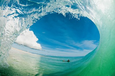 Surf Please vote for this entry in the SURFER MAGAZINE 2011 PHOTO OF THE YEAR, on the Surfer Magazine Facebook page! Click here to see it: http://bit.ly/srCXIE