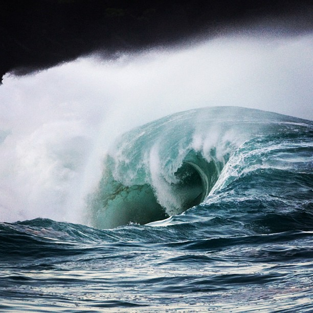 Surf Only the bravest explore the caverns of Waimea shorebreak. Any takers? http://instagr.am/p/R5gVeBCPPv/