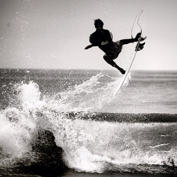 Surf Just like Dane's act in the water, black and white is not boring. Photo: Maassen http://instagr.am/p/RvbrveCPD8/