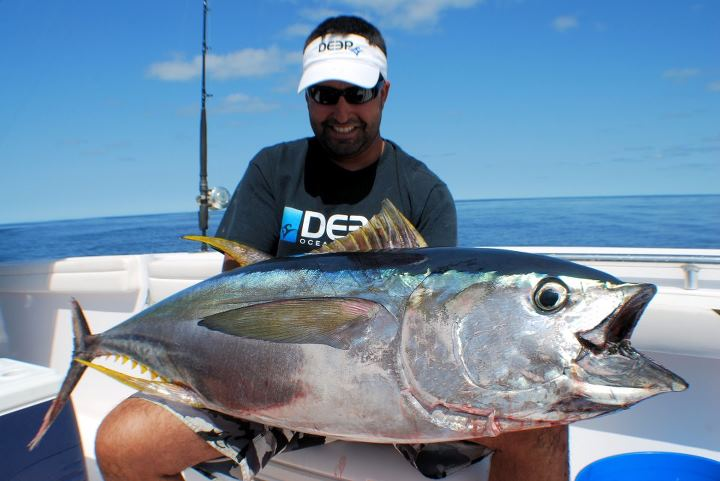 Fishing Capt. Lou from Hot Reels killing it offshore again!