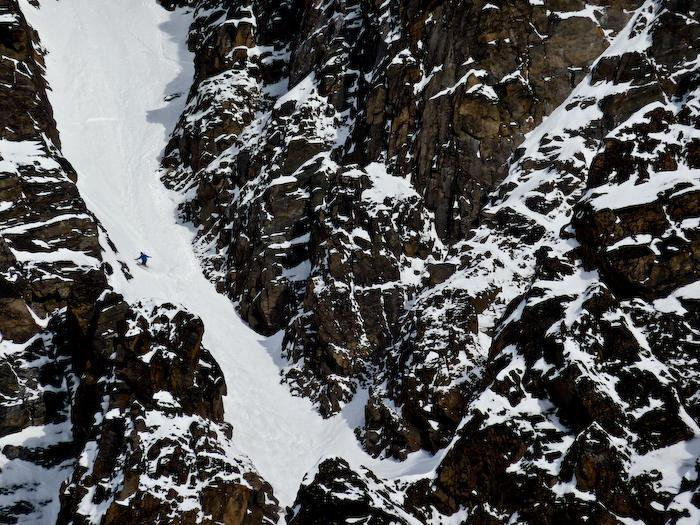 "Snowboard Terje' slaying ""snowboarder's paradise"" Photo: Jeremy Jones"