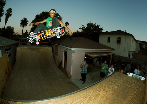 Skateboard David Gonzalez: Possessed to Skate