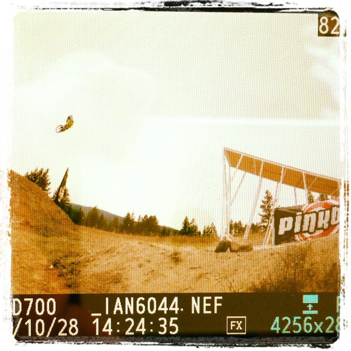 Tedman sending it almost 100 feet in practice today on the new Bike! Thanks to Santa Cruz, TLD, Easton and the Bicycle Cafe!