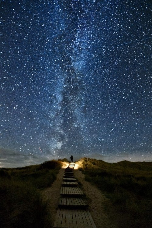"Camp and Hike ""My God, It's Full of Stars"" by Thomas Zimmer"