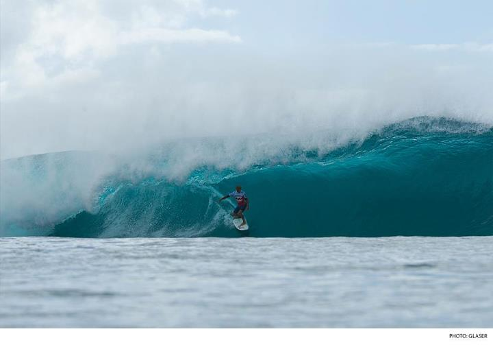 Surf Kelly or Parko? Who do you like to win this year's World Title? Photo: Todd Glaser Photography  Click here to see highlights from the opening rounds of the Billabong Pipe Masters: http://bit.ly/1232PRR.