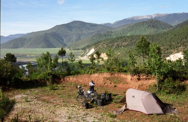 Camp and Hike Great cyclocamping in Tibet