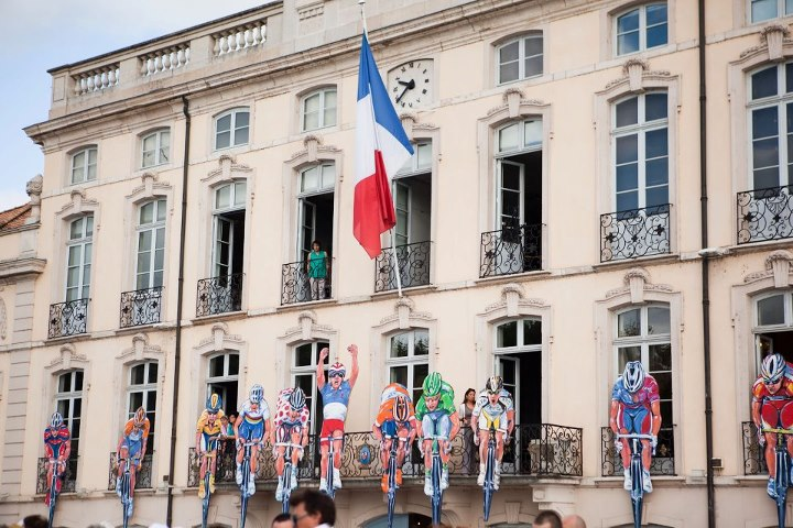 Fitness Hotel De Ville decked out in Le Tour gear overlooking the departure.
