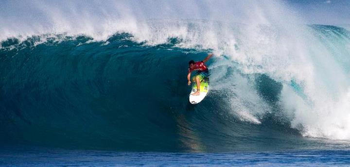 Surf Mindsurf Monday with the new World Champ. Joel Parkinson choosing to take the high road at Backdoor.