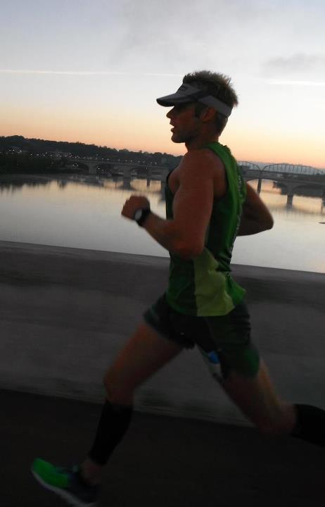 Entertainment Congrats to Rock/Creek Race Team member Johnny Clemons, who won today's 2nd-annual 7 Bridges Marathon in downtown Chattanooga with a rock-solid time of 2:42:20 (CR). HT to fellow R/C teammate Dreama Campbell, who took this photo from her road bike!