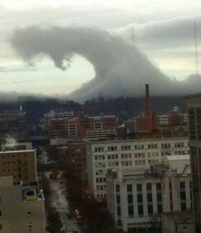 Surf A whole city, getting shacked by a cloud?  http://ow.ly/i/nXjk