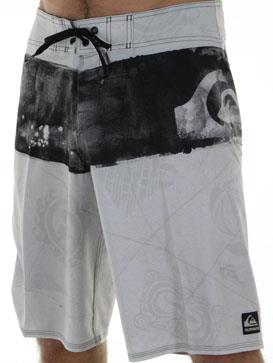 Surf Quiksilver Cypher Kelly Nomad 21'Boardshort in White http://www.surfride.com/getproduct.asp?p=23674&s=6&b=131