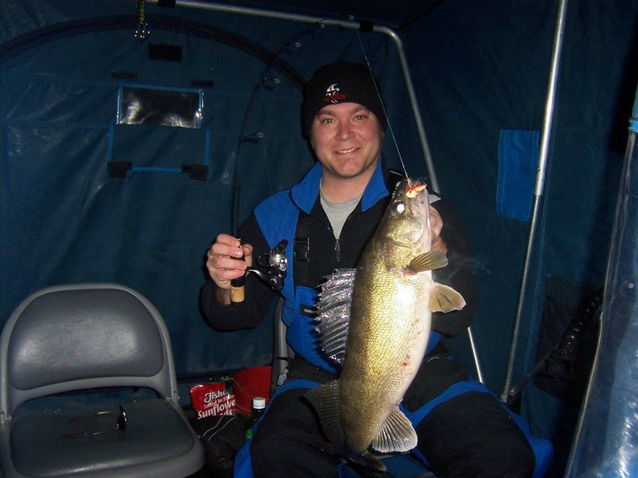 Fishing Vexilar Pro Staffer, Tony Mariotti, with a nice walleye!