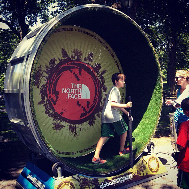 #AdventuresNYC Energy Duathalon. Human hamster wheel & biking create human powered snowcones!