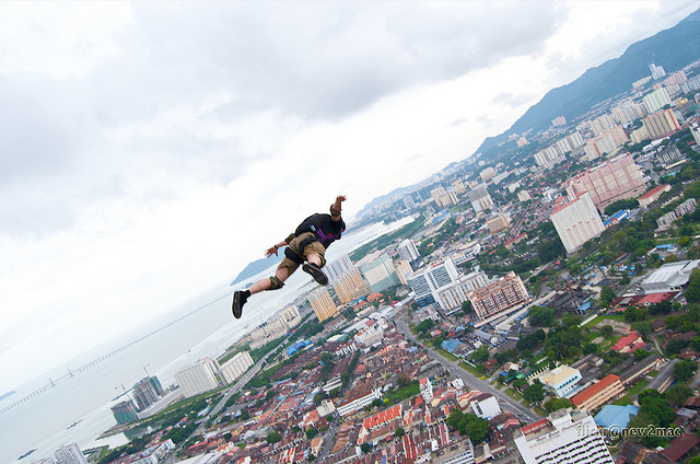 Extreme let's do this...Komtar Base Jump