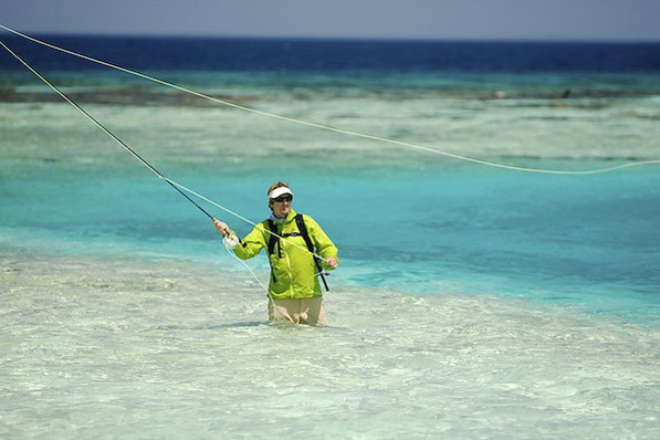 Flyfishing Crystal clear water and a tight look on the Rendezvous Reef, Belize.