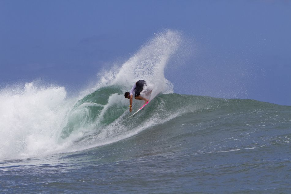 Surf Joel Centeio on full tilt
