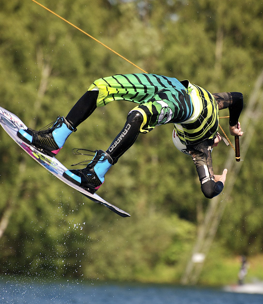 Wake Wakeboarding back flip