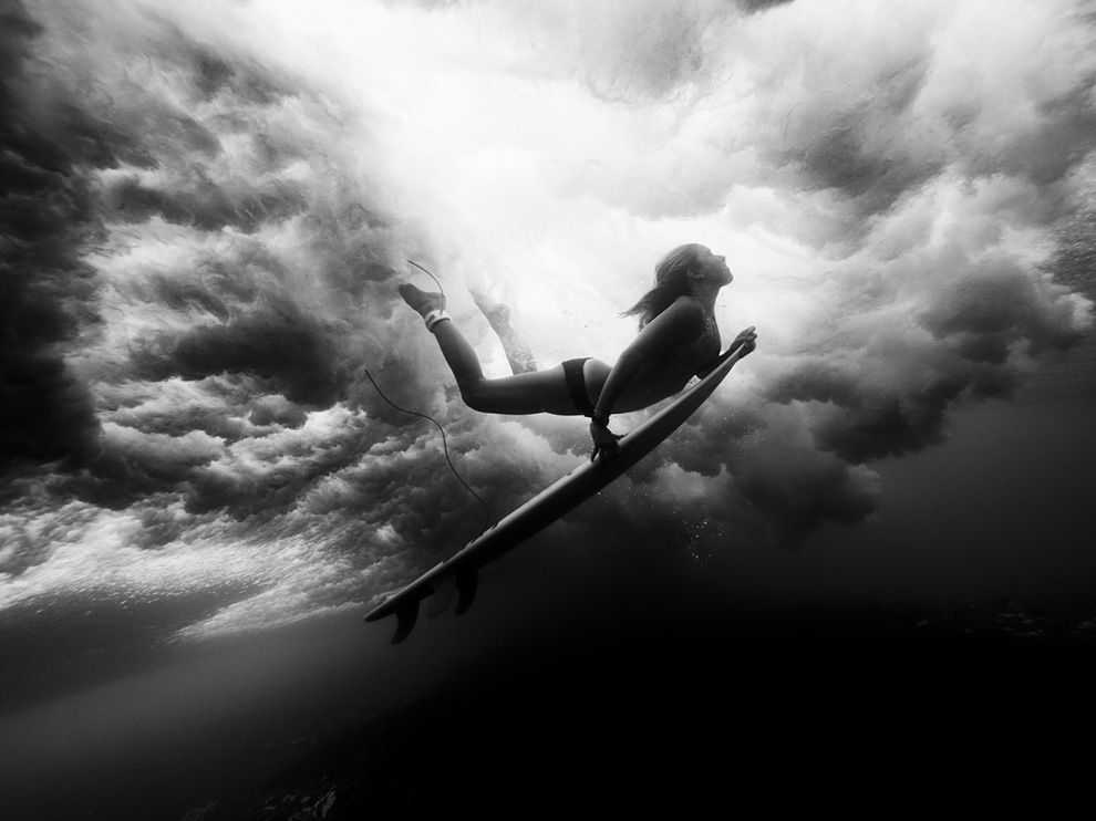 Surf Underwater Surfer