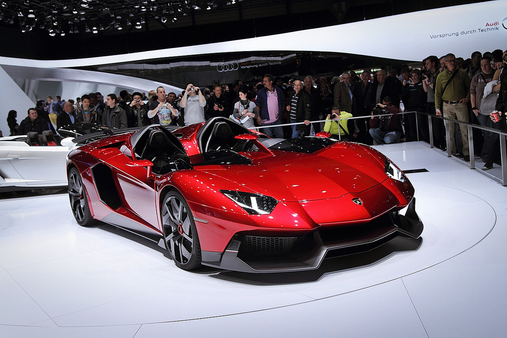 Auto and Cycle Aventador J