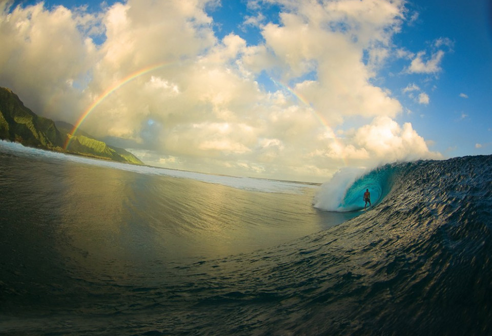 Surf surfing perfection, tahiti
