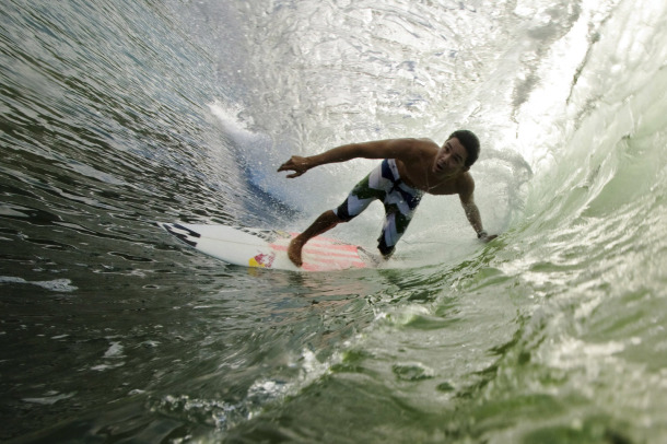Surf DIEGO NARANJO IN THE GREEN ROOM IN COSTA RICA