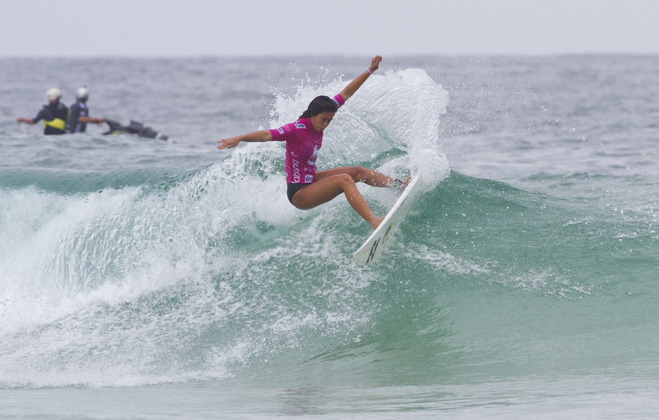 Surf 18-year old wildcard Alessa Quizon ripped all the way to the semifinals before bowing out to fellow Hawaiian Coco Ho.
