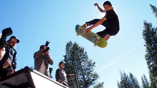 Skateboard CURREN AFFAIRS IN TAHOE