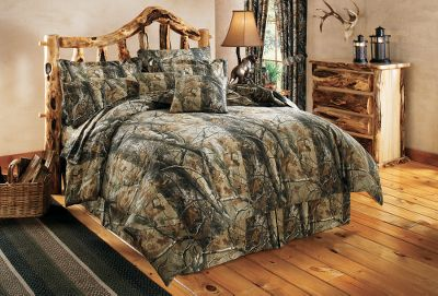 Entertainment Dress up your bedroom with a lifelike, natural camo pattern. The Cabelas Grand River Lodge Four-Piece Realtree MAX-4 HD Camo Bedding Set includes a comforter, two shams (Twin has one, King has two king size) and a bed skirt. All have a soft brushed twill 65/35 polyester/cotton outer layer. Comforter has a body-warming polyester fill. Machine washable cold. Imported. Available: Twin, Full, Queen, King. Camo pattern: Realtree MAX-4 Size: TWIN. Color: Realtree Max-4 Hd. Type: Camo Bedding. - $99.99