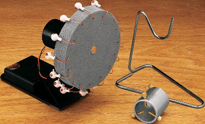 Flyfishing The 7-rpm motor of this rotary dryer ensures even drying of epoxy-head flies and rod finishes. motor is powered by four AA batteries (not included). The foam disc holds flies securely. Aluminum barrel rod chuck adjusts to fit rod blanks up to 28mm in diameter. Includes wire support arm for rod. Type: Dryers. - $22.88