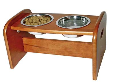 "Hunting Now your pet, too, can eat in the lap of luxury. This pedestal lets your pet eat in comfort and eases the strain on their back. The stainless steel bowls make it easy to clean and the nonskid feet keep the pedestal in place, so there's no spilling water from a runaway dish. Assembly is easy and fast. Weighs 10.8 lbs.Dimensions: 20-1/2""L x 13-7/8""W x 11-3/8""H. Available: One 3-cup bowl and one 6-cup bowl. - $39.99"