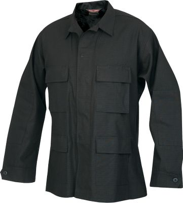Entertainment The lightweight, durable 100 cotton rip-stop construction is made to U.S. military standards. The shirt/jacket has reinforced elbow patches, and the four-pocket design includes two pockets with drain holes on chest and two lower pockets. All pockets have snag-proof button flaps, along with a snag- proof, concealed-button placket. These garments also have adjustable, three-button cuffs. Imported. Tall sizes: M-3XL. Color/camo patterns: Woodland, 3-Color Desert, Black. Size: MEDIUM. Color: 3-Color Desert. Gender: Male. Age Group: Adult. Pattern: Camo. Material: Cotton. Type: Jackets. - $19.88