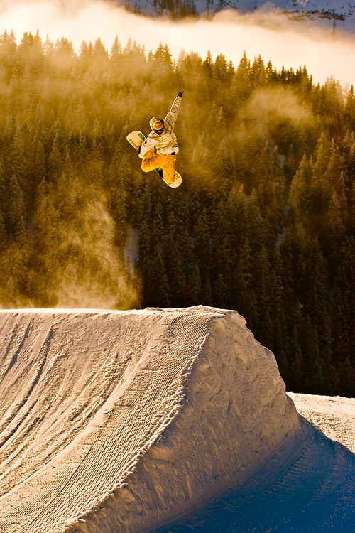 Snowboard Yellow smoke