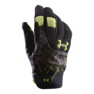 Fitness Synthetic leather glove palm delivers serious performance with a gel print grip for extra controlReinforced thumb and first finger add strength when you need it mostMolded wrist closure ensures glove stays put in the thick of itSuper-flexible neoprene cuff provides maximum comfortUpper: Neoprene and Bonded FleecePalm: Synthetic LeatherImported - $29.99