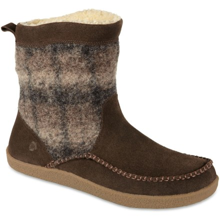 Entertainment A crossover slipper, these men's Acorn Crosslander Boot slippers have mid-height, Italian wool blend uppers and warmth-enhancing synthetic down insulation for versatile comfort. - $27.83