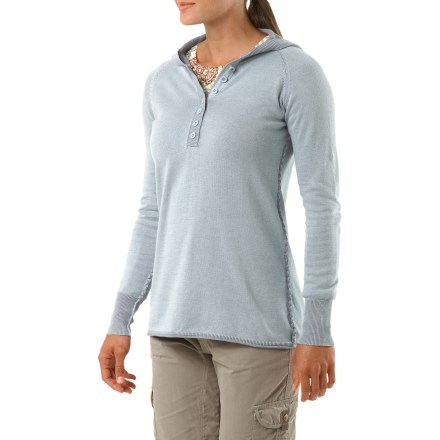 Entertainment The Aventura Overton hoodie is great for casual occasions. Soft and comfortable, you'll enjoy the fit and feel of this shirt. Made from certified 100% organic cotton for breathable comfort and easy care. V-neckline features snap closures. Rib-knit cuffs for a comfortable fit. Aventura Overton Hoodie features a graphic on lower back, and a relaxed fit. - $55.93