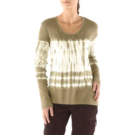 Entertainment Make the leaps from summer to fall and winter to spring with ease in the lightweight Aventura Daphne T-shirt. Made from an organic cotton 1x1 rib-knit for breathable comfort and easy care. Adorned with ruching along the front neckline. Aventura Daphne T-shirt features a relaxed fit. - $27.83