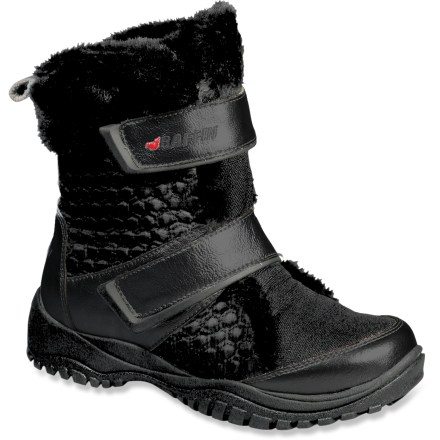 The Baffin Jalus Winter boots look great while stomping around in the snow. Nubuck leather uppers feature ripstop nylon panels and faux fur trim; uppers are completely waterproof. Rip-and-stick closures secure boots, and offer easy on and off. Synthetic tricot linings wick moisture away from the feet and dry quickly. Synthetic insulation offers exceptional warmth without weighing you down. EVA midsoles absorb shock, cushion feet and provide gentle support. Rubber outsoles offer traction on various surfaces. Baffin Jalus winter boots are rated to -4deg. Closeout. - $40.83