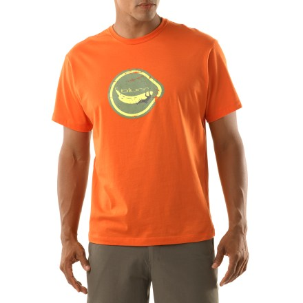Entertainment The blurr Banana Traverse T-shirt brings style and comfort to casual times. Made from certified 100% organic cotton for breathable comfort and easy care. Organic cotton is grown without the use of toxic pesticides. Closeout. - $13.73