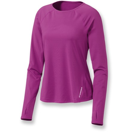 Fitness The Brooks Equilibrium Thermal top is equally suited to be a stand-alone running top or an everyday base layer. Supersoft, brushed polyester/spandex blend moves moisture away from the skin and dries quickly. Flatlock seams ensure chafe-free comfort that'll keep you going for miles. Cozy thumbholes secure sleeves over palms for warmth. The Brooks Equilibrium Thermal top sports reflective trim that boosts your roadside visibility. Closeout. - $25.83
