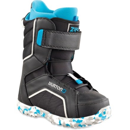 Snowboard Burton Zipline boots are the fast track to all-mountain mayhem. They make it easier than ever for kids to progress in their skills and have tons of fun along the way. - $54.83