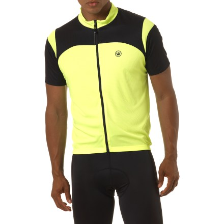 Fitness The Canari Blade bike jersey steps it up to keep you comfortable while logging miles in the saddle. Drycore(R) fabric pulls moisture away from skin, sending it to outer layer for quick evaporation, keeping you dry and cool. Full-length front zipper provides easy ventilation options. 3 elasticized rear pockets expand to store cycling essentials and food. Elasticized droptail hemline stays put and ensures coverage in the riding position. Special buy. - $24.73
