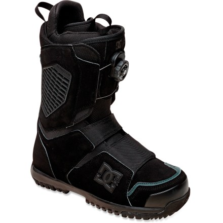 Snowboard The DC Judge Dual-Zone Boa snowboard boots can be ridden all over the mountain. These soft-flexing classics feature Boa(R) lacing, articulated cuffs and internal ankle harnesses. - $139.83
