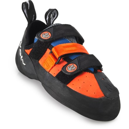 Climbing Developed from the ground up by Chris Sharma, the evolv Shaman rock shoes incorporate an aggressive downturned shape and high-quality materials to meet your needs on steep routes. - $74.93
